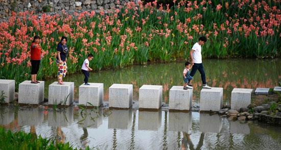 ضفاف-نهر-ليو-تصبح-حديقة-أيديولوجية-(3)