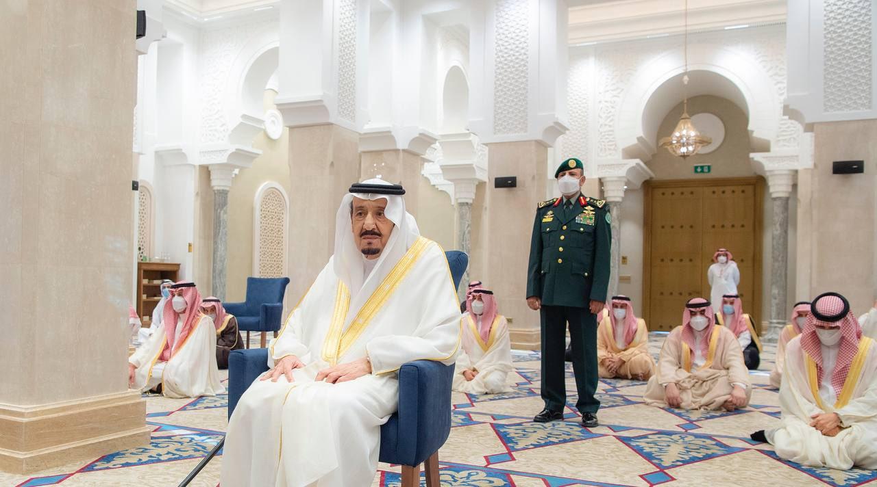 خادم الحرمين الشرفين فى صلاة العيد