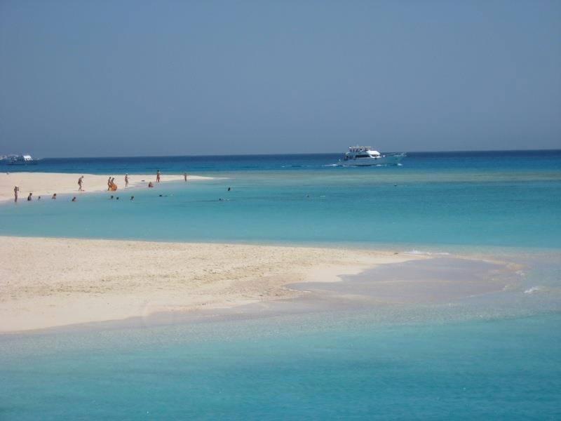 الجزر البحرية تحل محل الشواطئ المغلقة في العيد  (6)