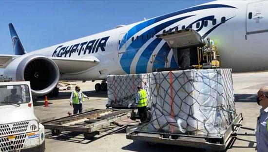 الطائرة الناقلة للقاح كورونا (2)