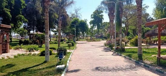محافظ-القليوبية-يتابع-غلق-حدائق-القناطر-الخيرية-وكورنيش-النيل-ببنها-(2)