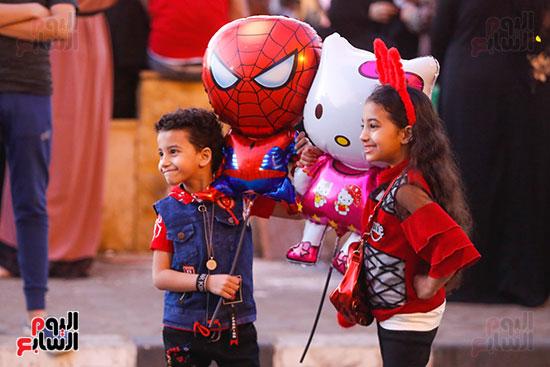 بالونة سبايدر مان فى احتفال الأطفال بالعيد
