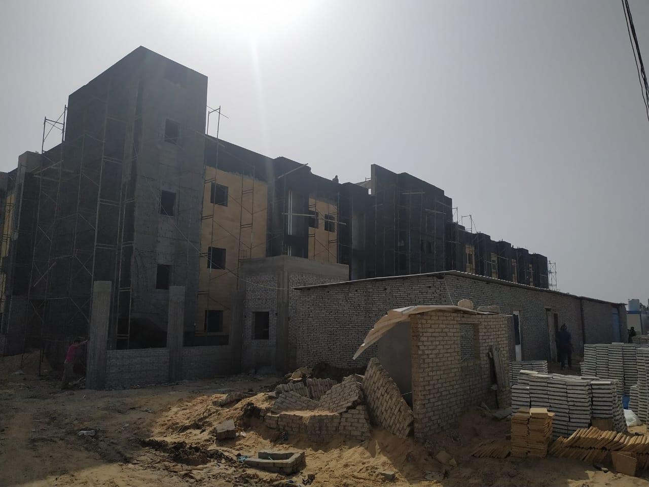 المستشفى حال الإنشاء