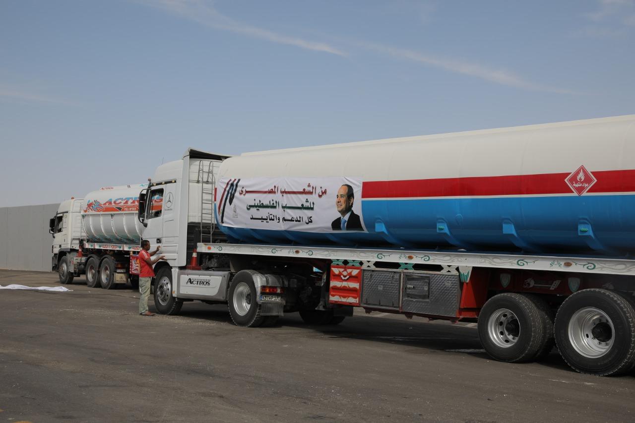 جانب من المساعدات المصرية للفلسطنيين