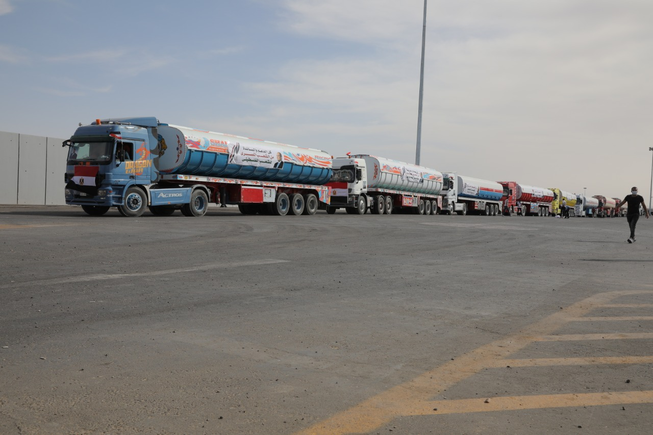 مساعدات مصر تصل معبر رفح
