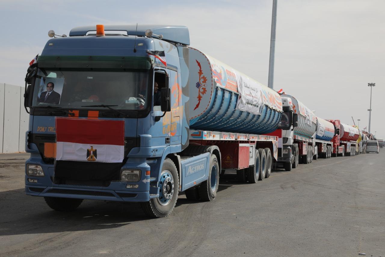 المساعدات المصرية إلى غزة