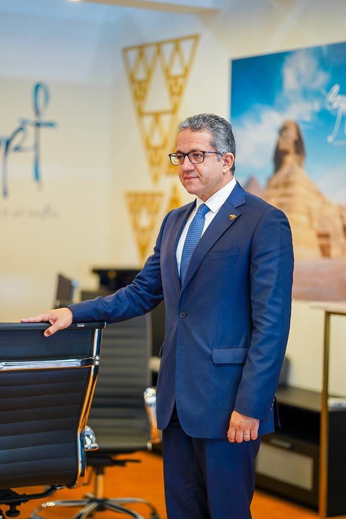 العناني خلال افتتاح الجناح المصري في الملتقى العربي للسياحة والسفر