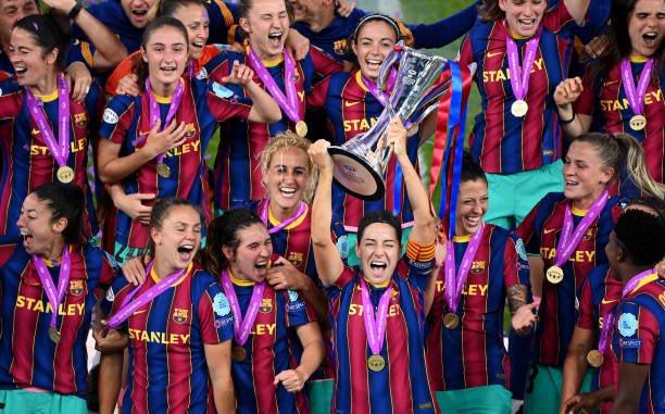 سيدات برشلونة يتوجن بلقب دورى ابطال اوروبا (4)