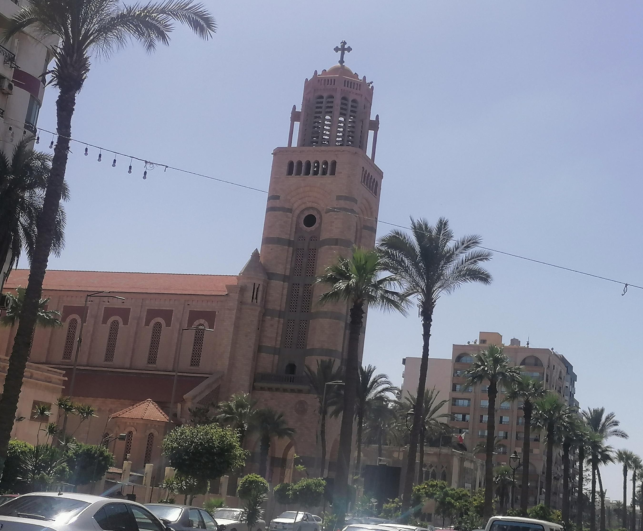 الكنيسة الكاتدرائية