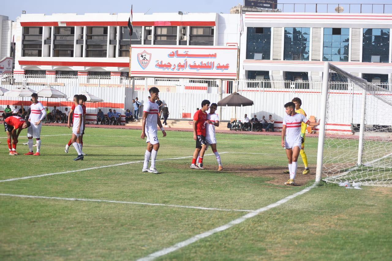 الاهلي والزمالك مواليد 2003 بملعب الزمالك