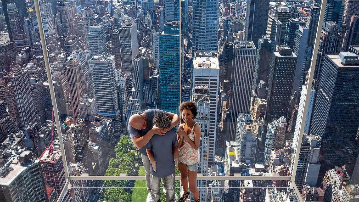 تجربة مثيرة فوق مانهاتن في برج ساميت وان فاندربيلت