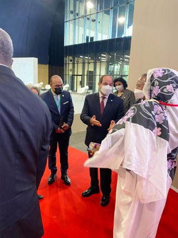 الرئيس عبد الفتاح السيسي مع زعماء أفريقيا علي هامش القمة بباريس (7)