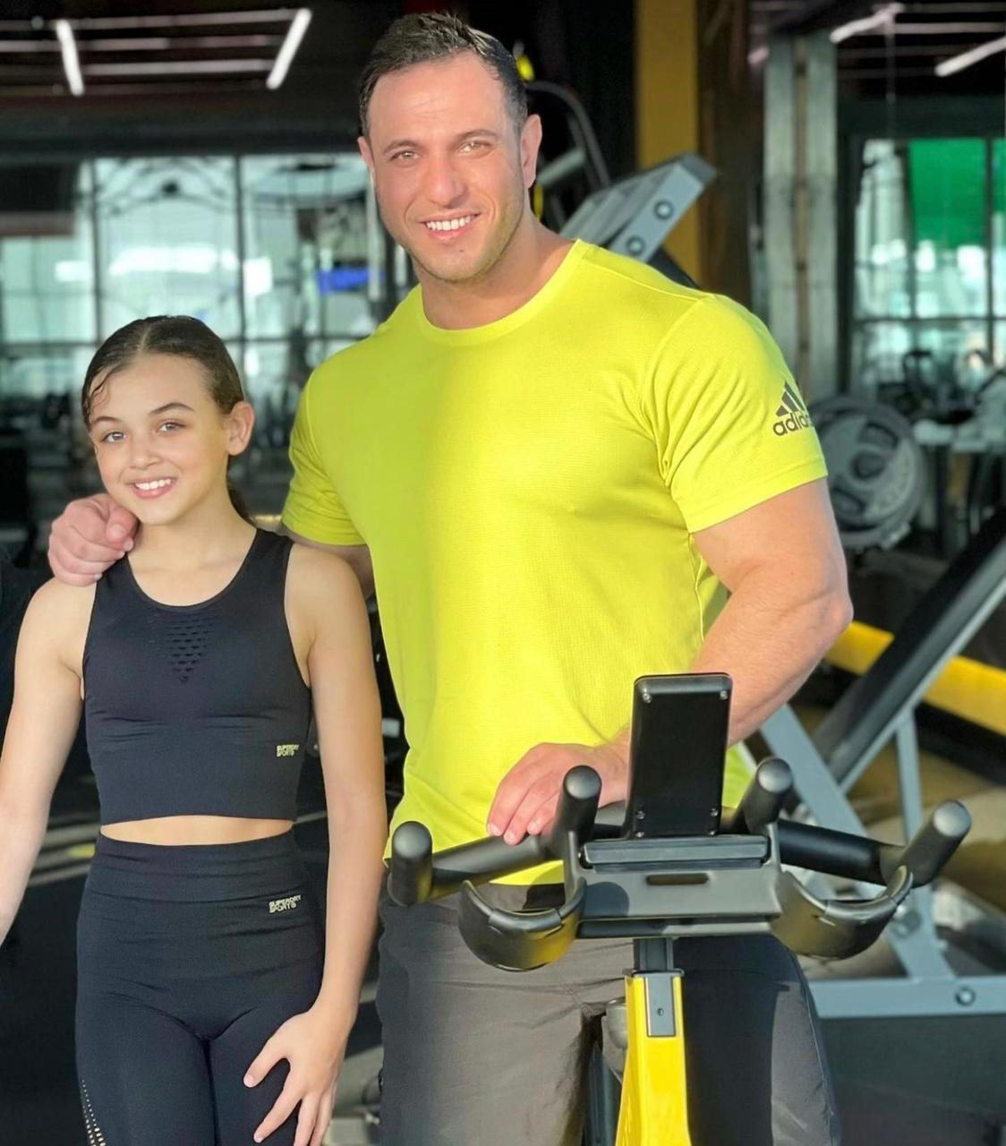 دانية مع والدها