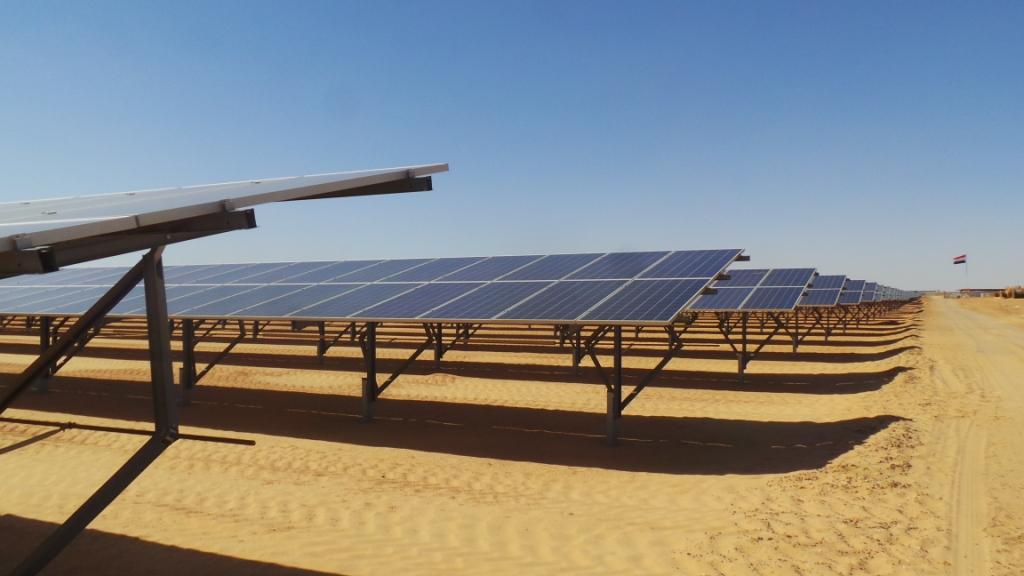 مشروع الطاقة الشمسية بنبان بأسوان (5)