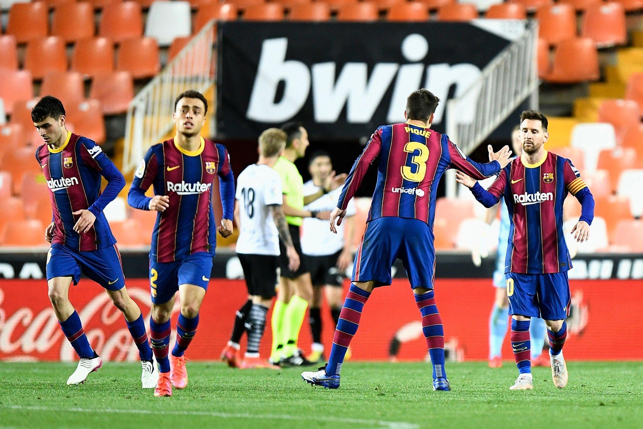 احتفال لاعبى برشلونة