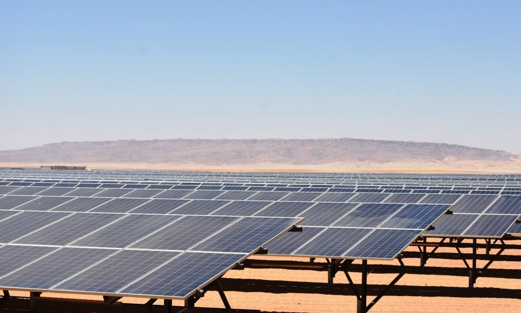 مشروع الطاقة الشمسية بنبان بأسوان (7)