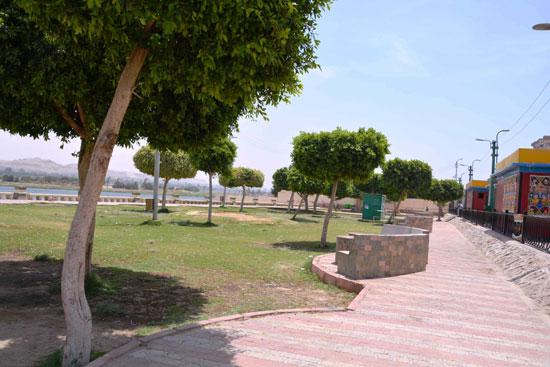 غلاق جميع الحدائق والمتنزهات (12)