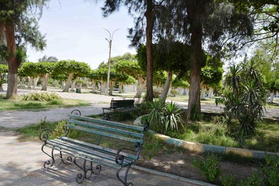 غلاق جميع الحدائق والمتنزهات (8)