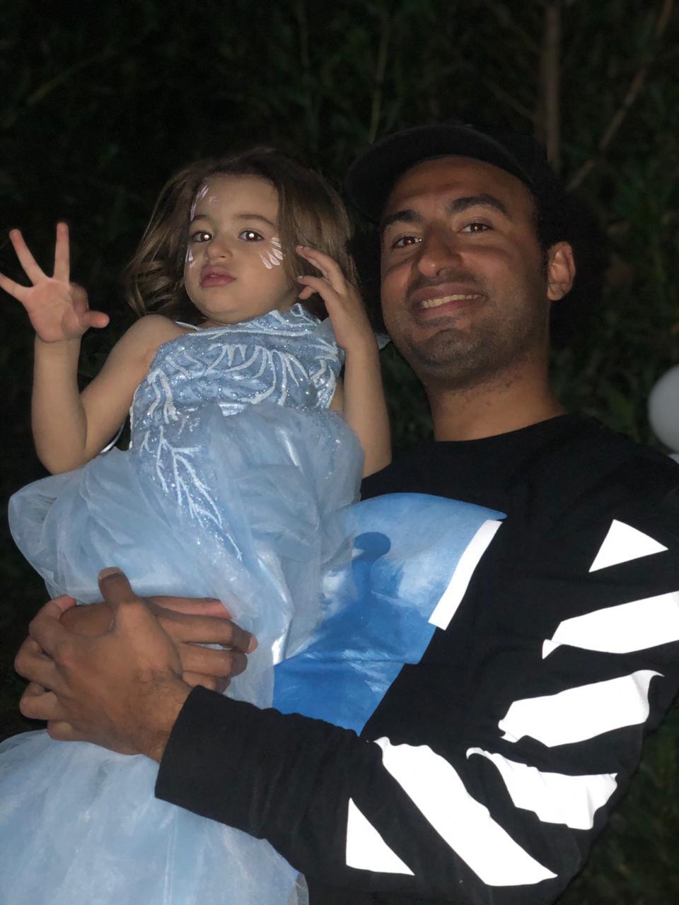 Ali his lord and his daughter Malika
