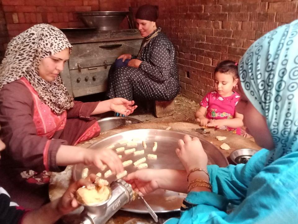 مشاركة الأطفال بكحك العيد
