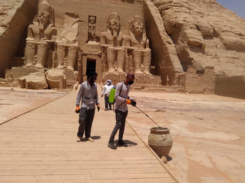 عمليات التطهير والتعقيم شملت كافة المواقع السياحة والأثرية..