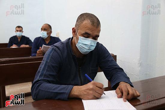 الدراسة داخل السجن