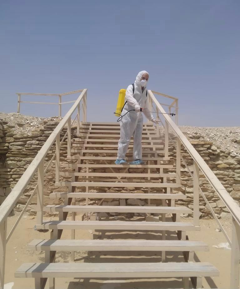 عمليات التطهير والتعقيم شملت كافة المواقع السياحة والأثرية.