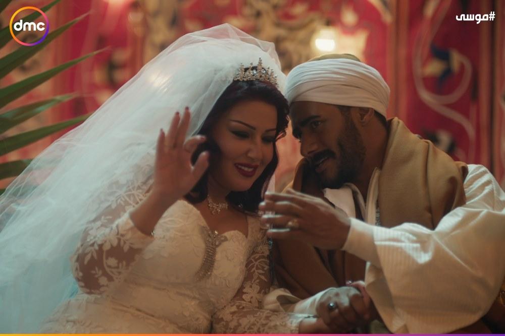 فرح محمد رمضان وسمية الخشاب فى مسلسل موسى (4)