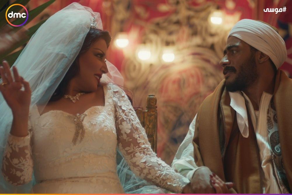 فرح محمد رمضان وسمية الخشاب فى مسلسل موسى (6)