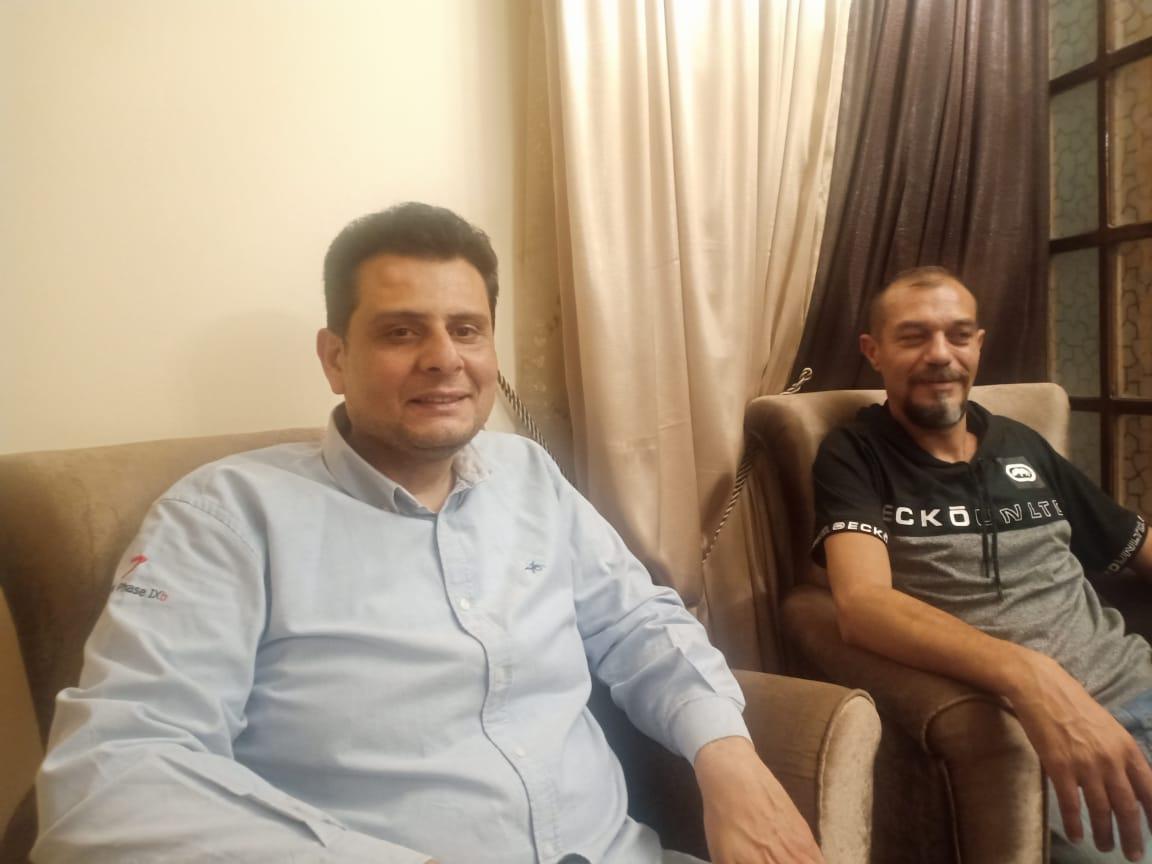البطل المصري أحمد شعبان وصديقه فى الاسكندرية (1)