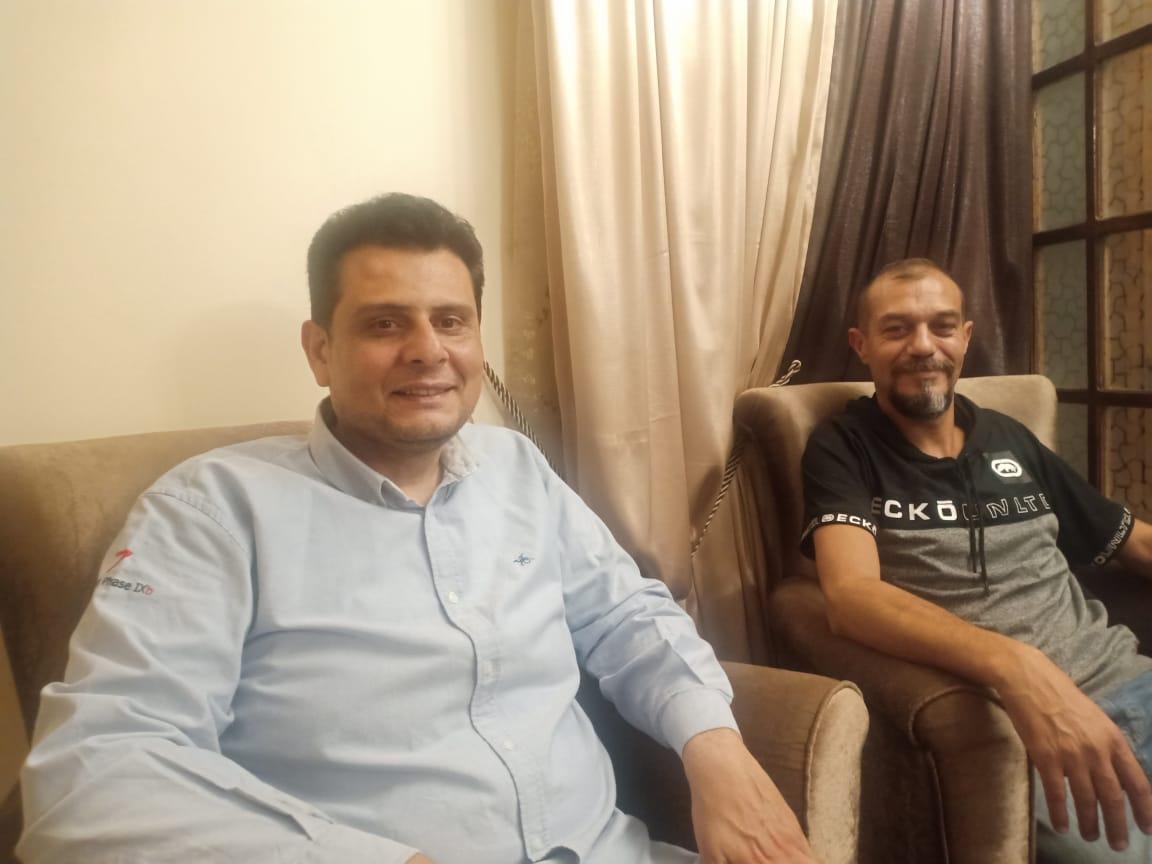 البطل المصري أحمد شعبان وصديقه فى الاسكندرية (2)