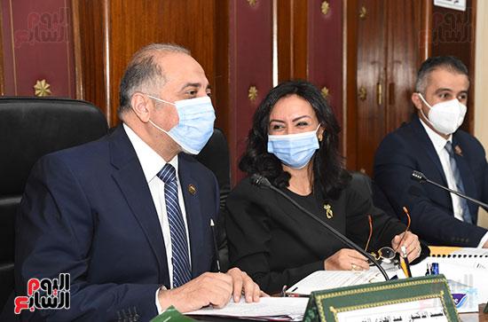 اجتماع لجنة التضامن الاجتماعى والأسرة بمجلس النواب برئاسة الدكتور عبد الهادى القصبى  (8)