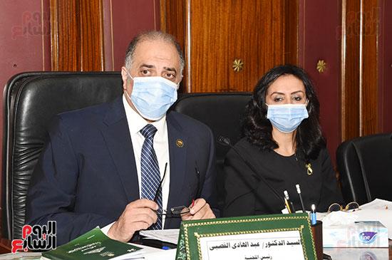 اجتماع لجنة التضامن الاجتماعى والأسرة بمجلس النواب برئاسة الدكتور عبد الهادى القصبى  (12)