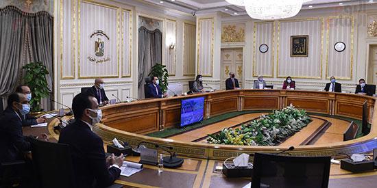 رئيس الوزراء يستعرض التصورات المقترحة لتطوير منطقة الفسطاط (3)
