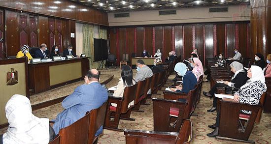 اجتماع لجنة التضامن الاجتماعى والأسرة بمجلس النواب برئاسة الدكتور عبد الهادى القصبى  (10)