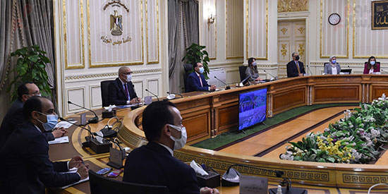 رئيس الوزراء يستعرض التصورات المقترحة لتطوير منطقة الفسطاط (4)