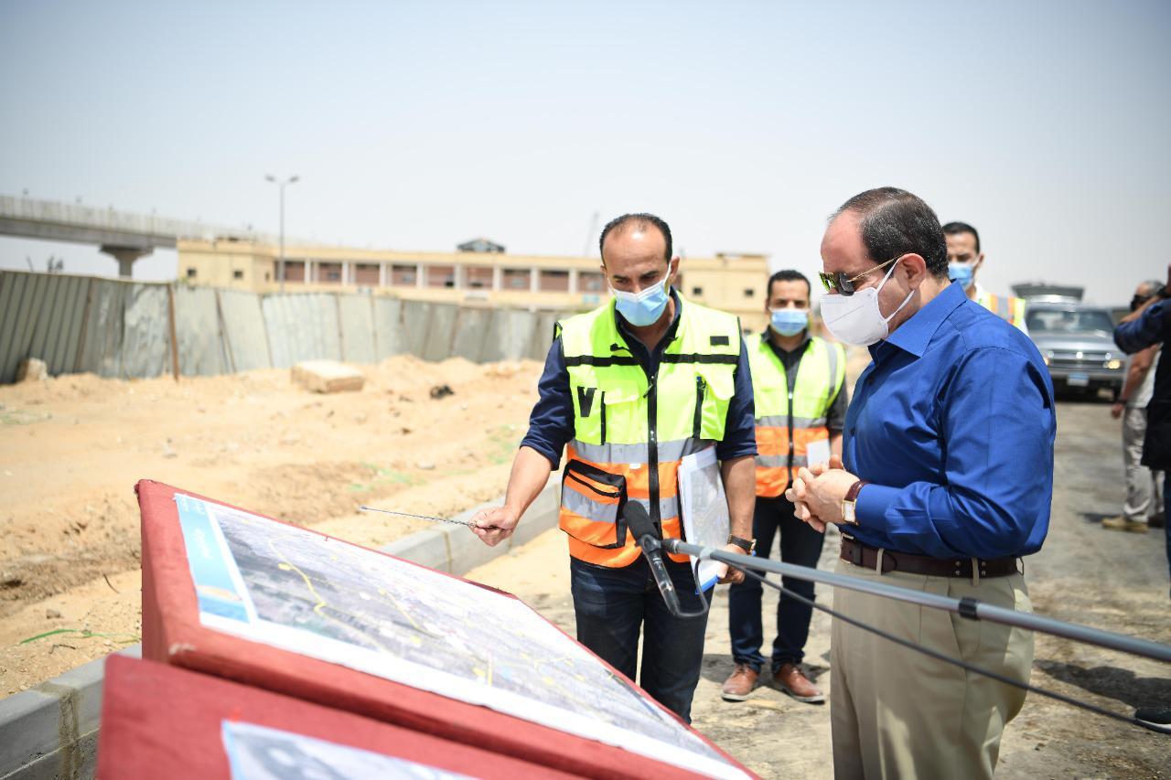 الرئيس السيسي يتفقد محاور شرق القاهرة (3)