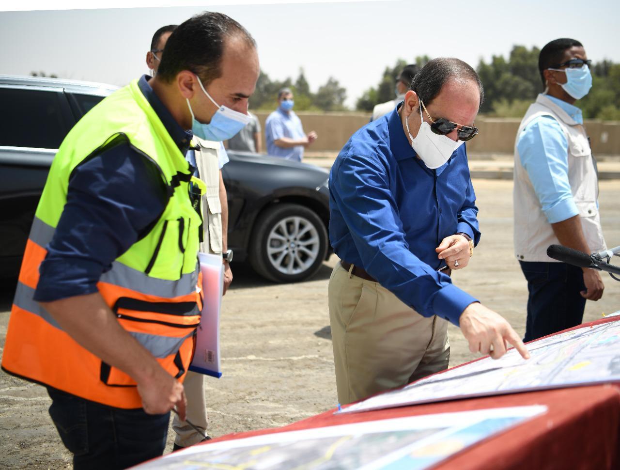الرئيس السيسي يتفقد محاور شرق القاهرة (5)