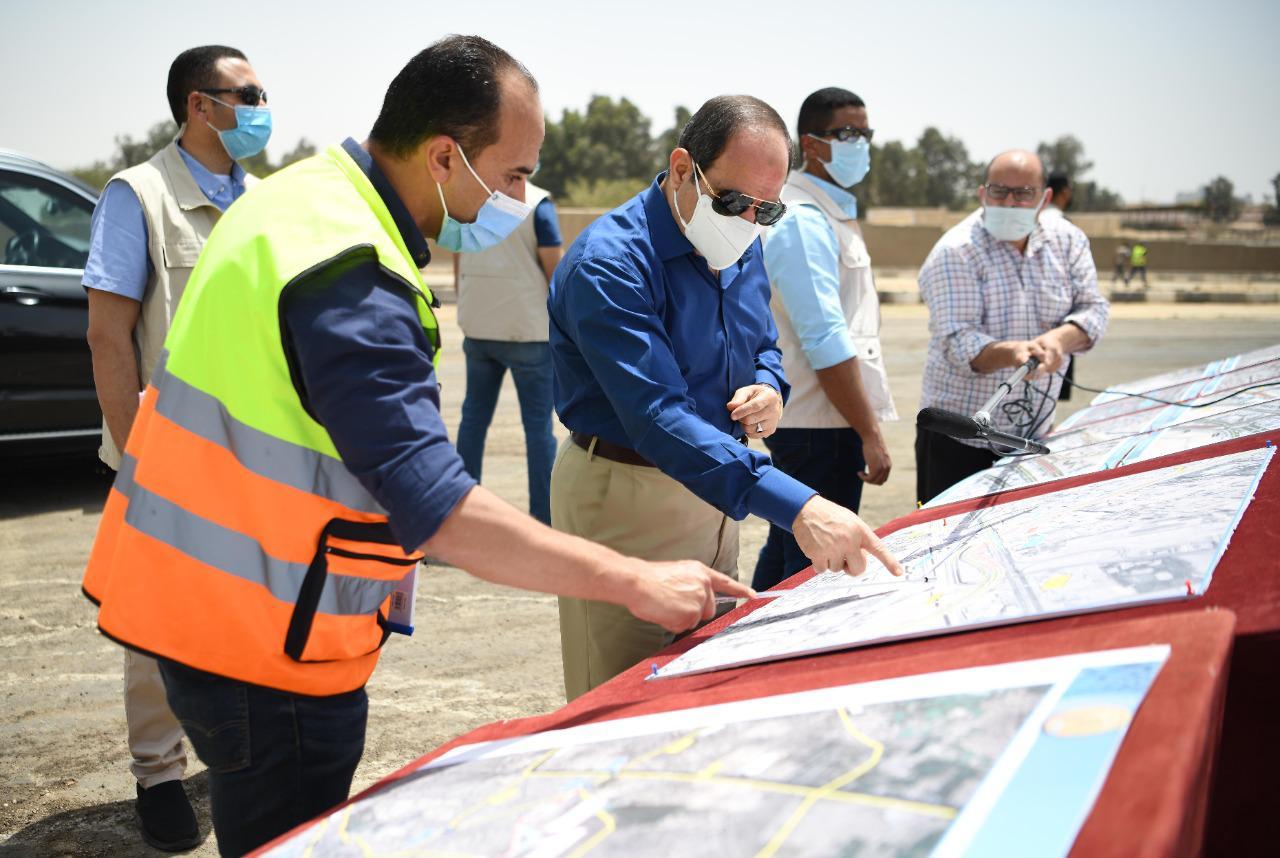 الرئيس السيسي يتفقد محاور شرق القاهرة (4)