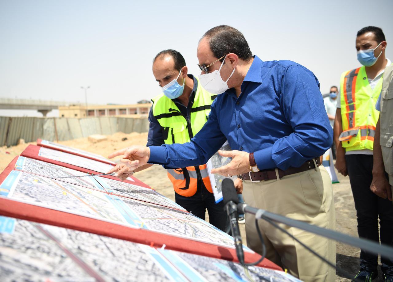 الرئيس السيسي يتفقد محاور شرق القاهرة (6)