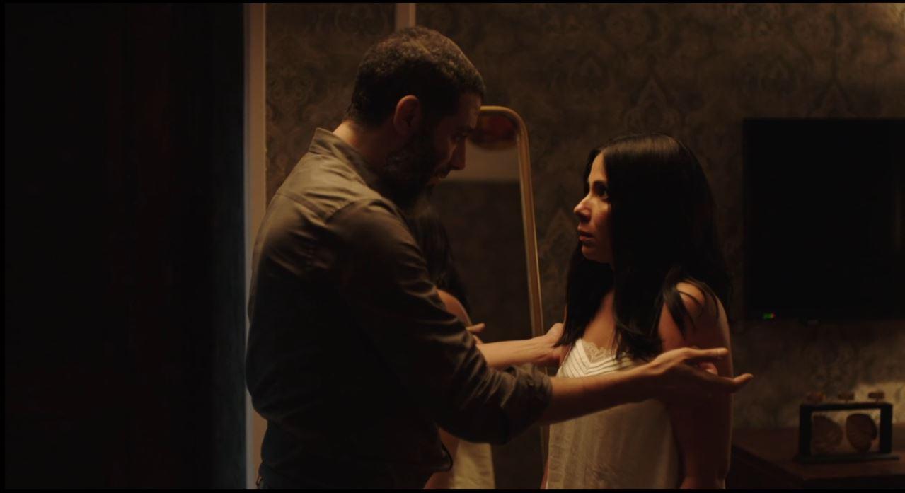 مشهد محاولة اغتصاب محمدف راج لـ منى زكى فى مسلسل لعبة نيوتن الحلقة 26