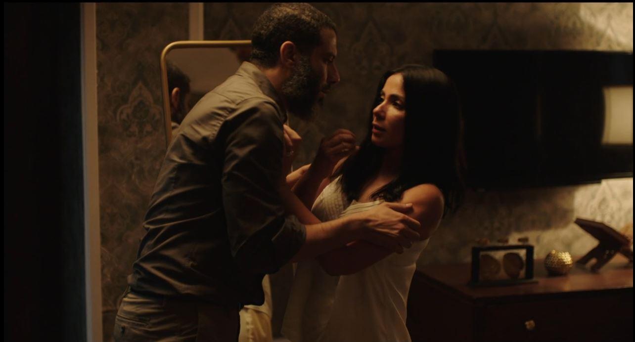 محمد فراج يحاول اغتصاب منى زكي فى مسلسل لعبة نيوتن الحلقة 26