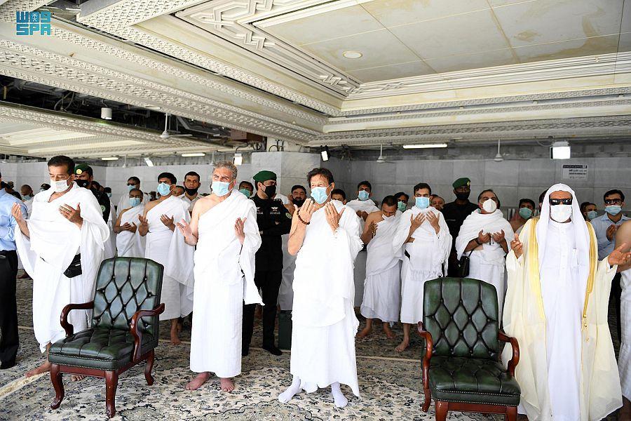 رئيس الوزراء الباكستانى وعدد من مسئوليه