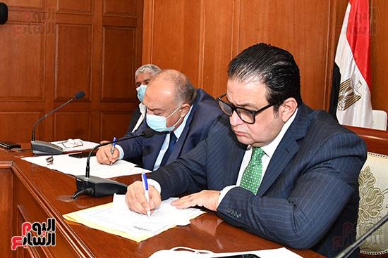 اجتماع لجنة النقل (2)