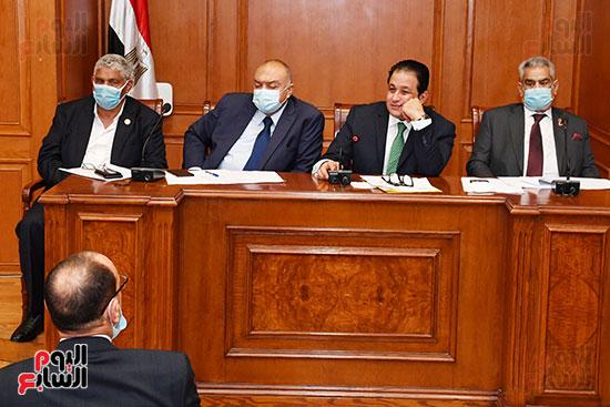 اجتماع لجنة النقل (4)