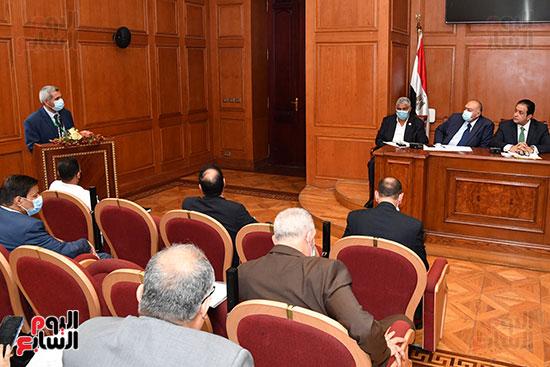 اجتماع لجنة النقل (3)
