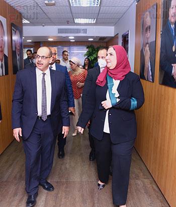 رئيس التحرير مع وزيرة التضامن