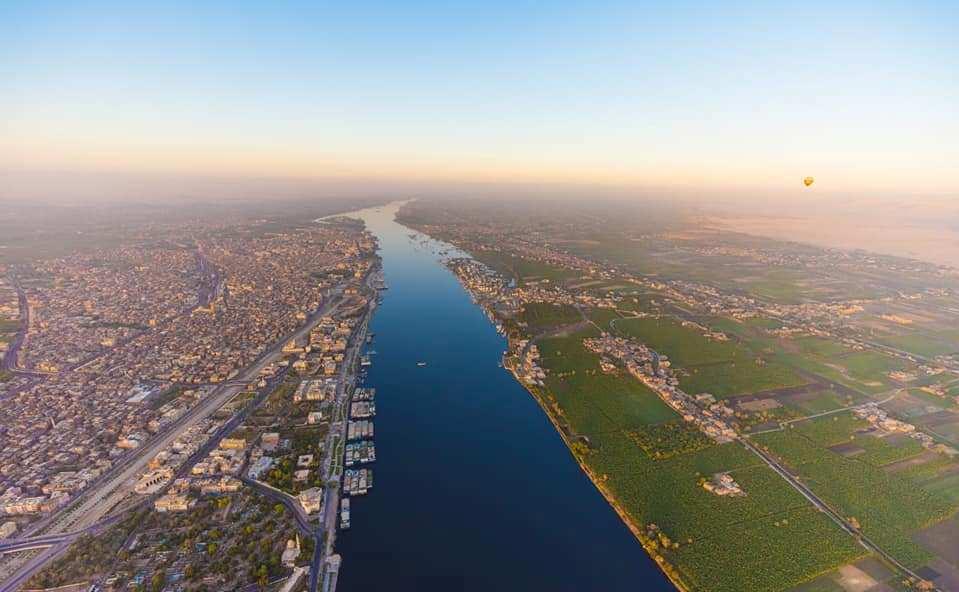 سحر نهر النيل والطبيعة الخلابة فى الأقصر من أعلى رحلات البالون الطائر