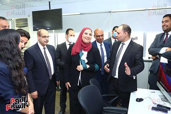 خلال زيارة وزيرة التضامن اليوم السابع