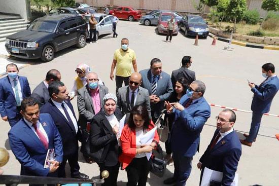 وزير القوى العاملة مع وفد تنسيقية شباب الأحزاب (7)